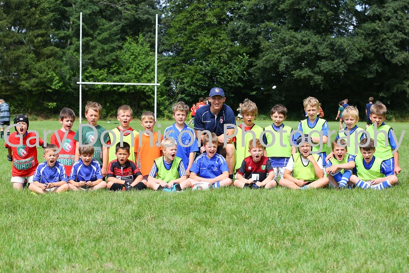 MDEP-03-08-2016-013  9-10's with Head Coach Steve Glitherow Diss Express 03.08.2016 Diss Rugby Club Leicester Tigers coaches