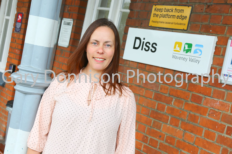 Bar Manager Tracy Harding The Jolly Porters Micro Bar Diss Railway Station 22.06.2016