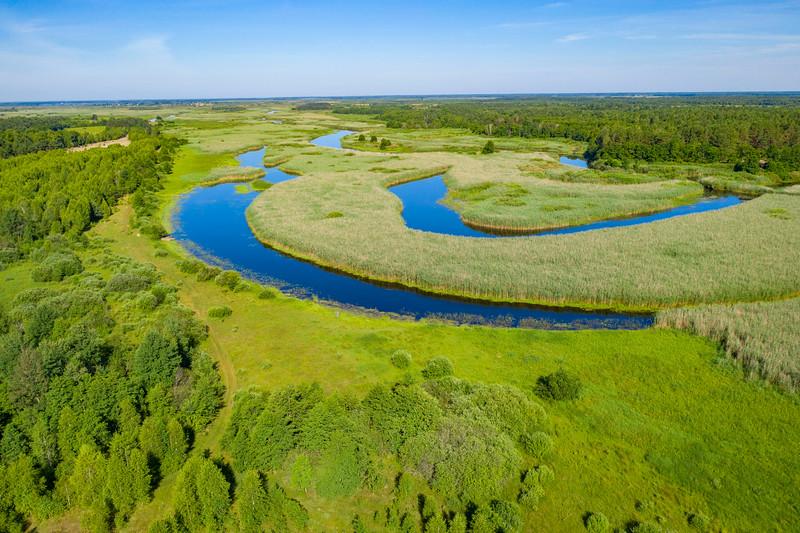 The river Pripyat in the Pripiat-Stokhid National Park in the Polesie area, Ukraine. Photo taken with a drone. © Daniel Rosengren