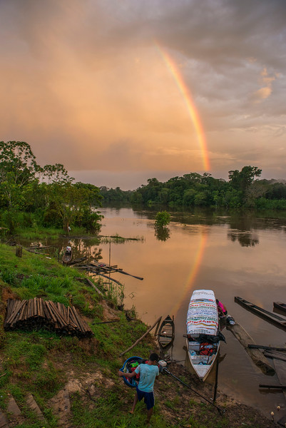 The last village before reaching Yaguas, Peru. In a few days we travelled more than 1,500 kilometers in this boat. © Daniel Rosengren