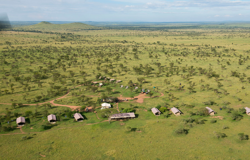 Many new tourism camps and lodges are being built at a high rate in the Serengeti National Park, Tanzania. © Daniel Rosengren / FZS