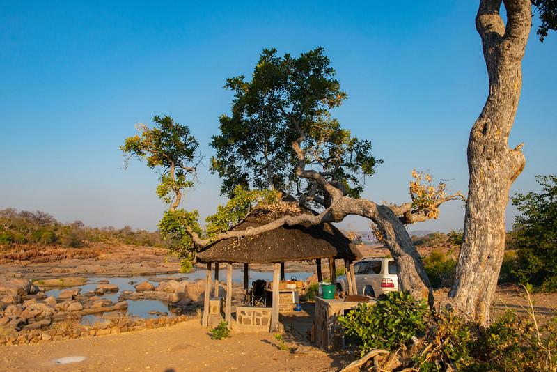 One of the campsites in Gonarezhou National Park, Zimbabwe. @ Daniel Rosengren / FZS