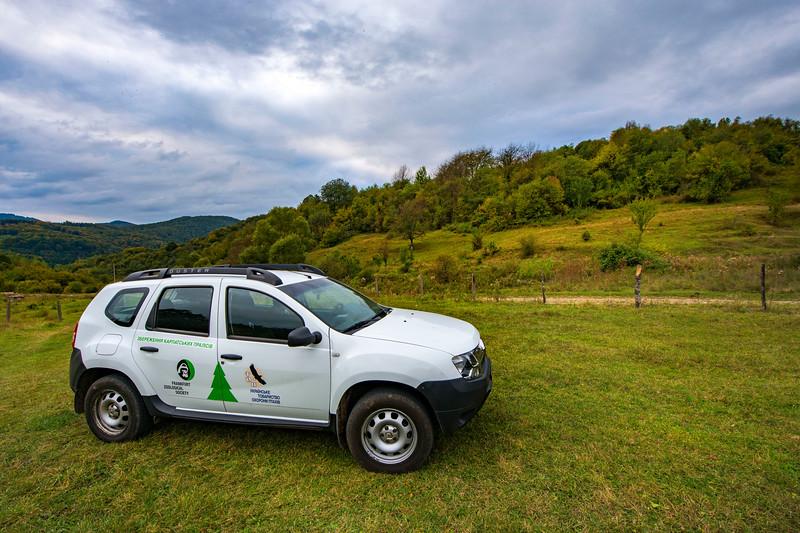 The project vehicle in Uzhanskiy National Nature Park, Ukraine. © Daniel Rosengren / FZS