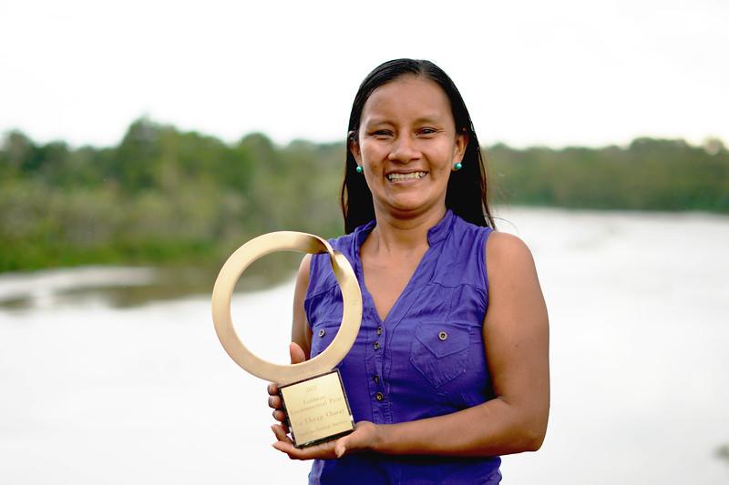 Liz Chicaje, Goldman Prize winner in her home community Pucaurquillo. ©️ Ingrid Chalán.