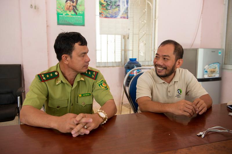 Project leader Long Thang Ha in a meeting with rangers in Kon Ka Kinh National Park, Vietnam. © Daniel Rosengren / FZS