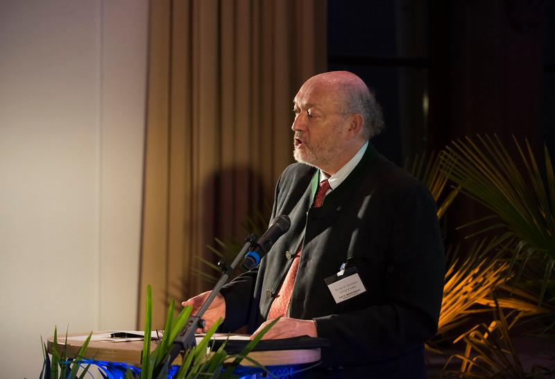 Manfred Niekisch (Zoo Director) giving a talk at the Schubert Prize Awards. Zoogesellschaftshaus, Frankfurt, Germany. © Daniel Rosengren