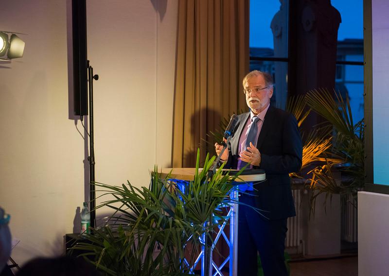Speaker at the Schubert Prize Awards. Zoogesellschaftshaus, Frankfurt, Germany. © Daniel Rosengren