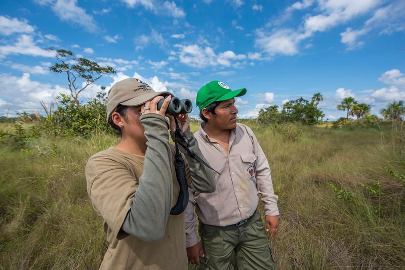Keyli Huamani, FZS, and a SERNANP park ranger at Pampas del Heath, Bahuaja Sonene NP, Peru. © Daniel Rosengren / FZS
