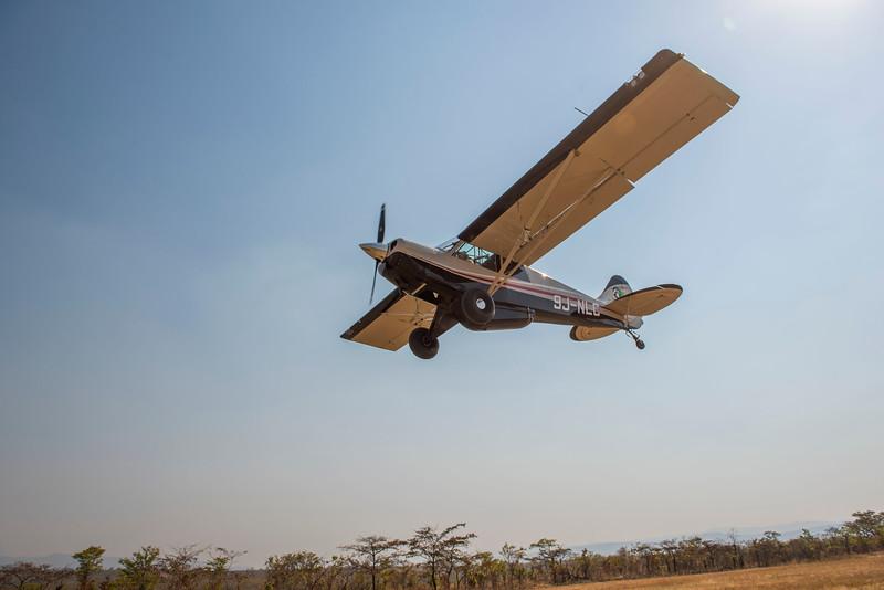 An FZS Husky plane in North Luangwa NP, Zambia. © Daniel Rosengren