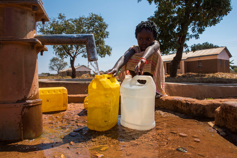 FZS has funded several wells dug near schools and hospitals in the area around North Luangwa, Zambia. © Daniel Rosengren