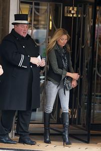 Kate Moss goes to Claridges London.13/04/12