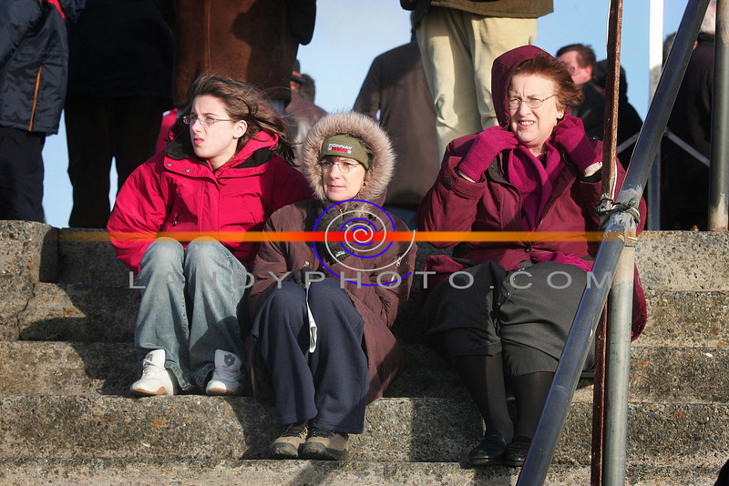 Ciara And Susan Griffin and Maureen Higgins of Ballybunion at the BAllyheigue  horse and pony races held on the beach.<br /> Photo Brendan Landy