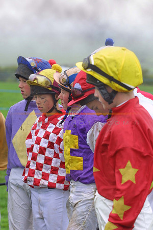 Jockeys pause for a min. silence  in the respect for the late Jim Hanrahan  from Ballylongford who pased away recently,  jim whas a well respected race goer and a member of the Ballylongford  race committee.<br /> Pic Brendan Landy