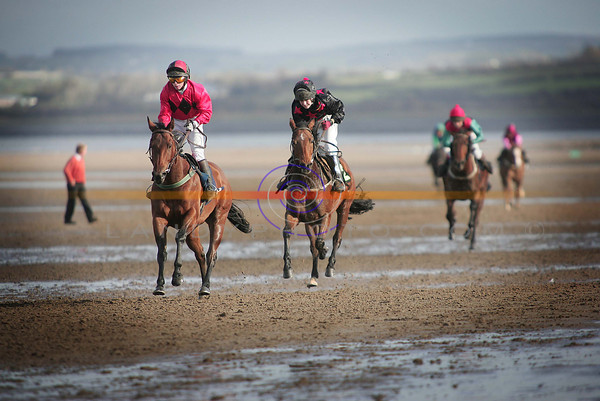Hardy riden by Pat Mangan wins the 14 hands race at Asdee Races.<br /> Pic Brendan Landy