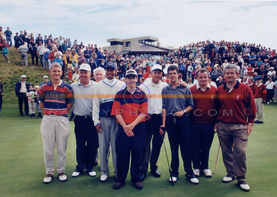 Mark O Meara Tiger woods and the Late Payne Stewart with caddies and club officals at Ballybunion golf club on their visit to the famous linx course in Ireland. Pic Brendan Landy