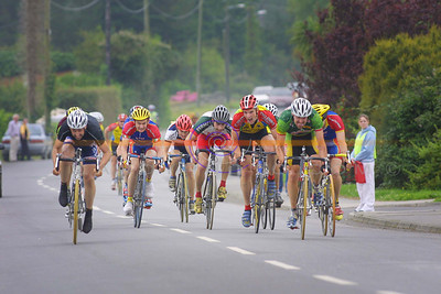 Flat out sprint for the Line in the Gene Moriarty Memorial race in Listowel with overall winner Stephen O Sullivan ( Bray) on the left making it to the line first. Pic Brendan Landy