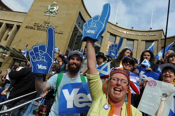 Glasgow  prepares to vote in Scottish Referendum