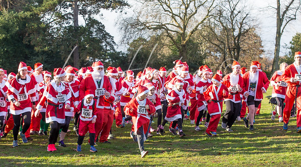 Santa Fun Run for Kemp Hospice, Kidderminster, UK