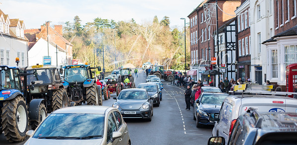 Boxing Day Annual Tractor Run raises funds for charity, Bewdley, UK