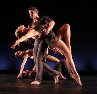 Photo by John McCauley Dance: Ozone Dancers: Alison Crosby, Dustin Kimball