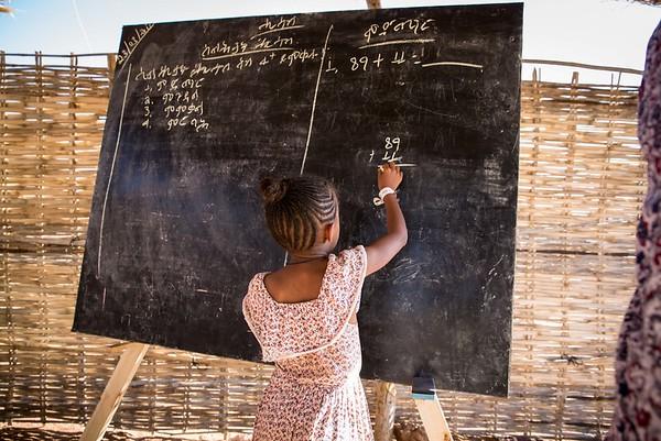 NRC emergency schooling in Um Rakuba refugee camp
