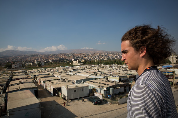 Marlon Langeland looking over one of the Informal Tented Settlements in Saadnayel in the Bekaa valley in Lebanon that is housing Syrian refugees. <br /> <br /> Photo: Ingebjørg Kårstad/NRC.
