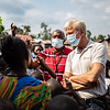 Jan Egeland with displaced children in Sake