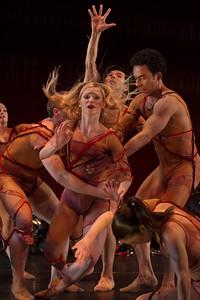 Dancers: Dustin Kimball, Alicia Curtis, Junichi Fukuda, Alvaro Palau, Liz Clain Stefanelli Dance: Le Sacre du Printemps Photo: Jeff Malet