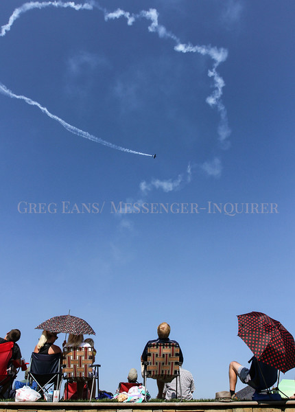 Photo by Greg Eans, Messenger-Inquirer.com/geans@messenger-inquirer.com<br /> <br /> American aerobatic national champion pilot Patty Wagstaff performs stunts over the Ohio River as onlookers watch from the Owensboro riverfront during the 2017 Owensboro Air Show.