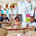 Oberkellner Friedl war wie immer im Cafe Central am Hauptplatz aktiv.<br /> Foto: Stadt Melk / Gleiß