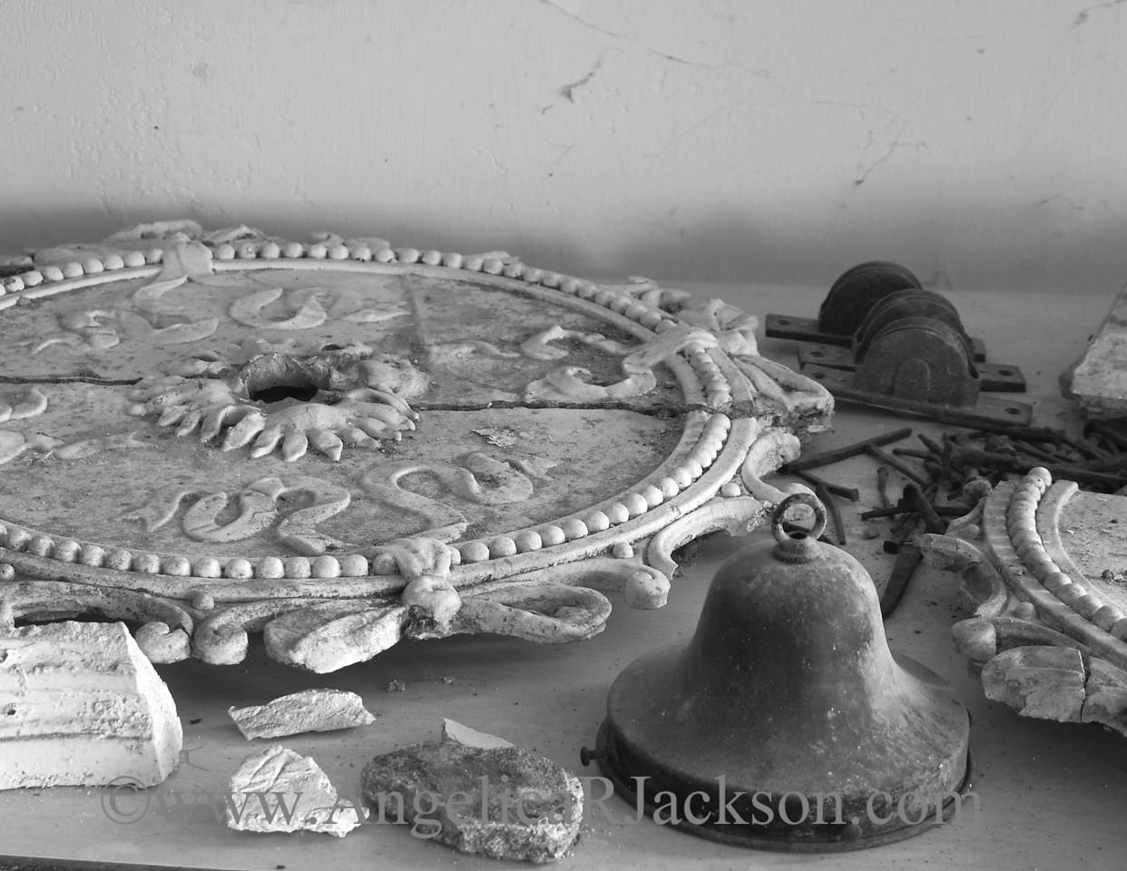 """""""Fixtures""""<br /> Most of the plaster decorations were crafted in place and could not be easily removed intact, but most fixtures of value were removed after the Castle closed."""