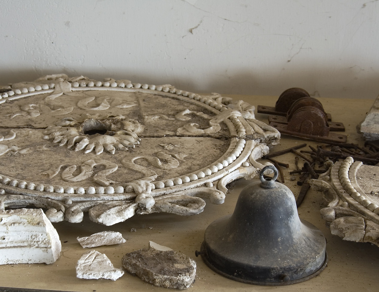 """""""Fixtures""""<br /> Most of the plaster decorations were crafted in place and could not be easily removed intact, but many fixtures of value were removed after the Castle closed."""