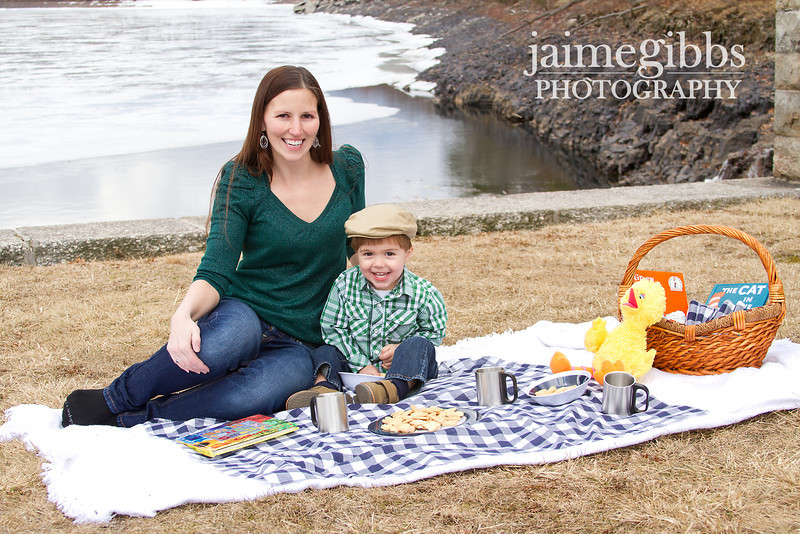 A quick preview of what I am working on today.<br /> <br /> A Spring picnic with mommy... oh, and Big Bird =)