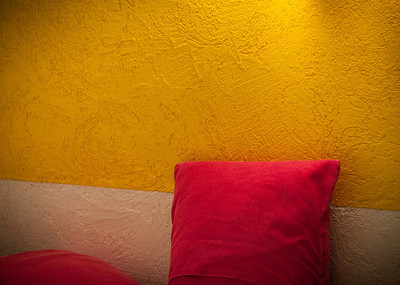 Colors of my room; Zona Romatica