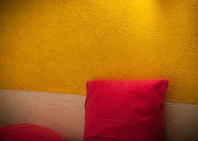 Colors of my room; Zona Romatica