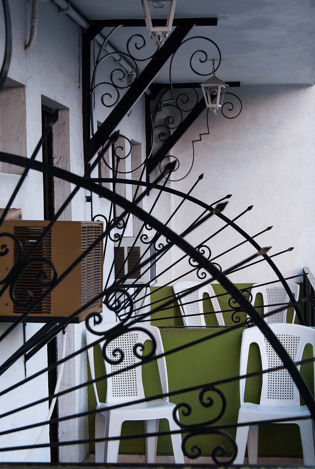 Geometry of my patio, first morning; Zona Romantica