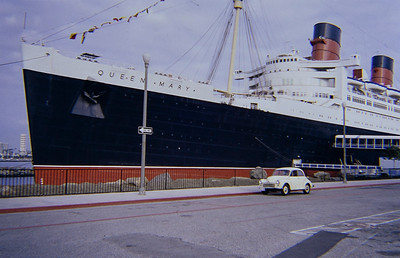 The Morris meets Queen Mary.