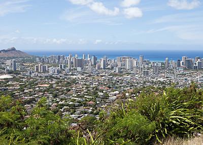 View of Waikiki from Puu Ualakaa (6 vowels, 3 consonants, gotta love Hawaiian names)