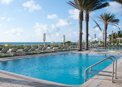 South Beach Marriott pool