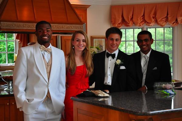 Varsity PROM-seniors