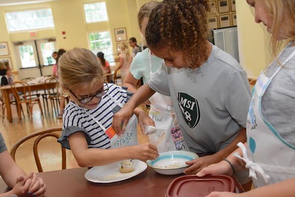 Tiny Chefs: Cupcake Wars