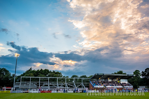 Eastleigh v Sutton United - Vanarama National League
