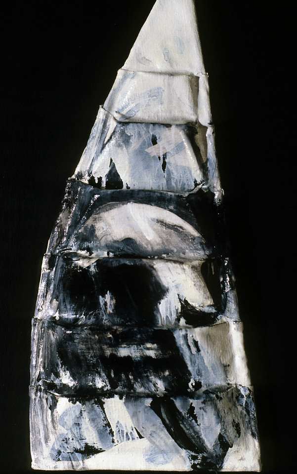 "in medias res 4. <br /> Oil on formed linen, 12.5"" x 4.5"" x 22.5"", 1985."