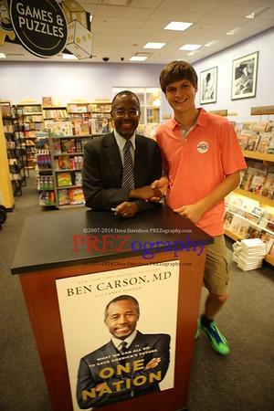 Ben Carson Dubuque Booksigning 2014