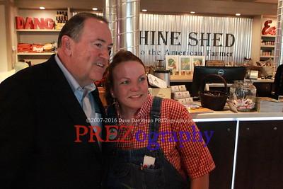 Mike Huckabee Machine Shed 10-14-15