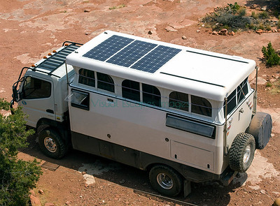 Earth Cruiser solar panels