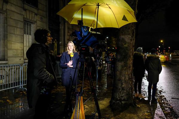 La presse devant le QG de François Fillon . Paris  -  1er tour -  20/11/16