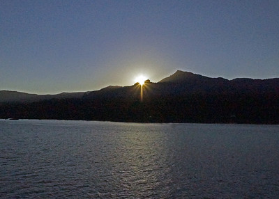 Sunset on the Columbia river...sorry  a little grainy...but was attempting to compensate for the intense sun ;)