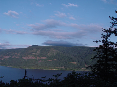 Columbia River Gorge - Wash shoot toward east Oregon