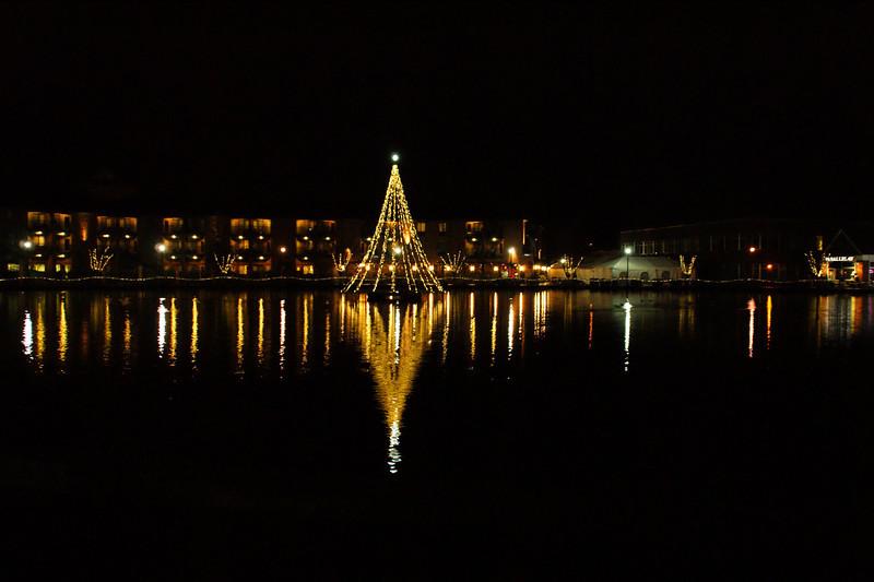 Tualatin Commons - Christmas Time